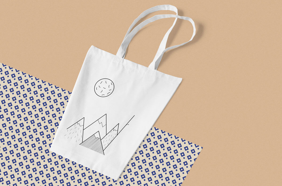 Totebag Mountains - Dayo Scholing